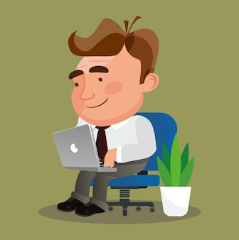 Biznesmen siedzi na krześle freelancer pracujący zdalnie ze swojego laptopa