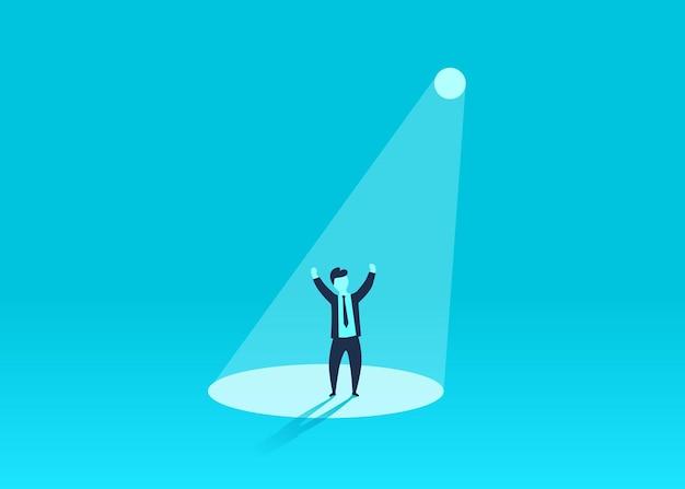 Biznesmen w centrum uwagi