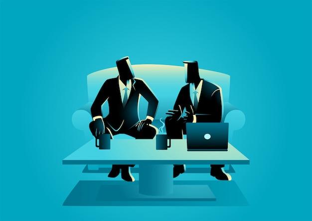 Biznesmeni o nieformalnym spotkaniu