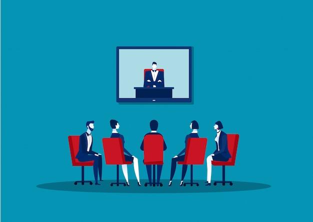 Biznesmeni robi wideo konferencja kolegom ma online biznesowego spotkania