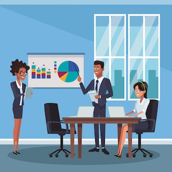 Biznesowi coworkers przy biurem