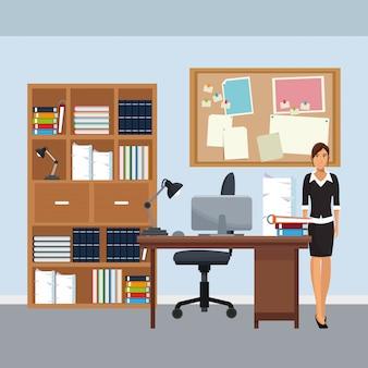 Biznesowy charakter w biurowym scenariuszu