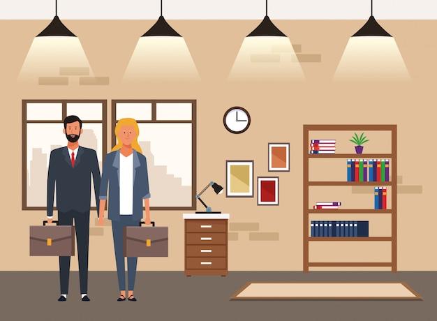 Biznesowy mężczyzna i kobieta w biurze