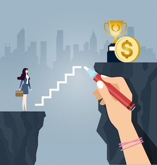 Bizneswoman wspina się po schodach narysowanych dużą dłonią
