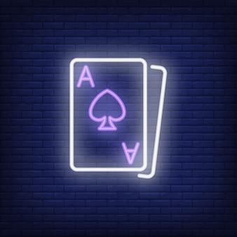 Blackjack karty neon znak element. koncepcja hazardu na jasną noc reklamy.