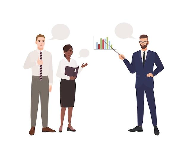 Brodaty mężczyzna w garniturze biura prezentacji przed kolegami. spotkanie biznesowe. menedżerowie biorący udział w profesjonalnej dyskusji, rozmowie lub dialogu