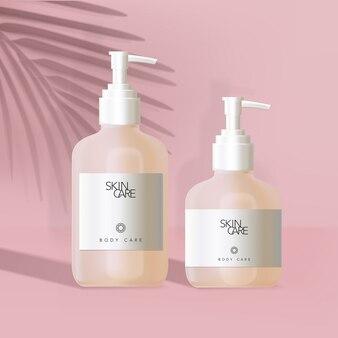 Butelka z pompką do pielęgnacji ciała z białą etykietą w minimalistycznym różowym tle