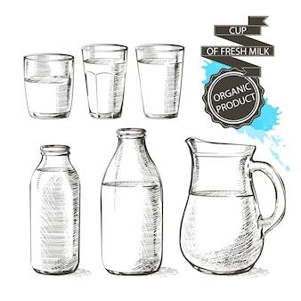 Butelki i słoiki ze świeżymi produktami mlecznymi można pojemnik na mleko na białym tle