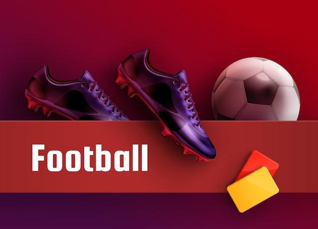 Buty piłkarskie fioletowe buty z czerwonymi i żółtymi kartkami i piłką na tle reklamy piłki nożnej. sprzęt dla sędziego