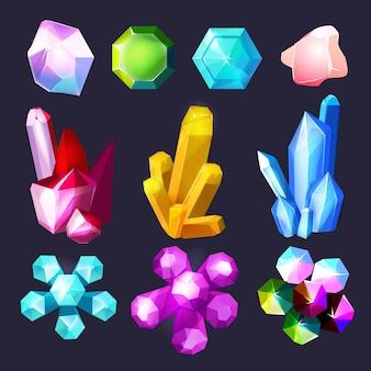 Cartoon gemstones. kryształy skały kamienie i kwarc ametyst duży zestaw na białym tle