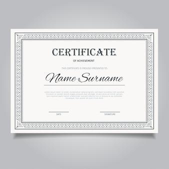 Certyfikat z ozdobną ramą w stylu vintage