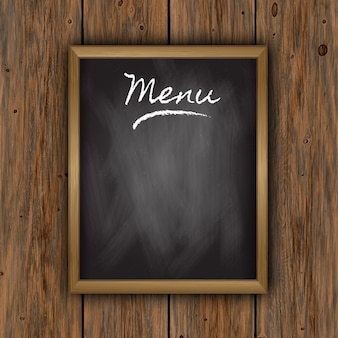Chalkboard menu na drewnianym tle