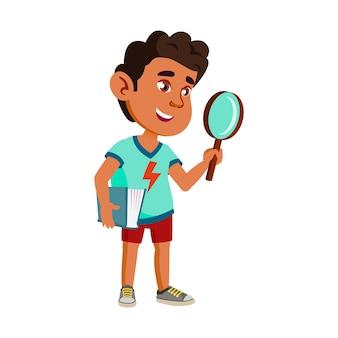 Chłopiec dziecko naukowiec z lupy wektor narzędzia. szczęście hiszpanie naukowiec dziecko uczeń gospodarstwa książki i szkło powiększające badania na szkole lekcji. charakter ilustracja kreskówka płaskie