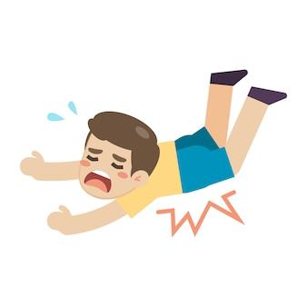 Chłopiec ślizga się i potyka na podłodze
