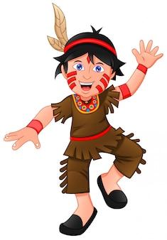 Chłopiec ubrany w strój indian amerykańskich
