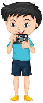 Chłopiec z aparatem na na białym tle