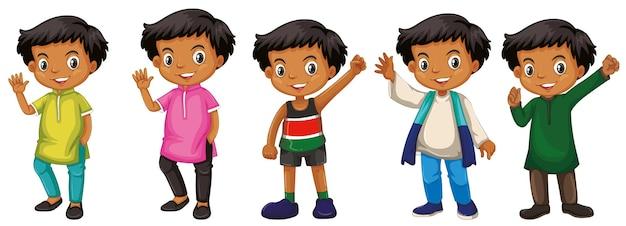 Chłopiec ze szczęśliwą twarzą w różnych kostiumach