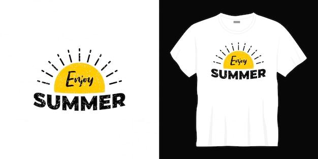 Ciesz się letnim projektem koszulki typograficznej