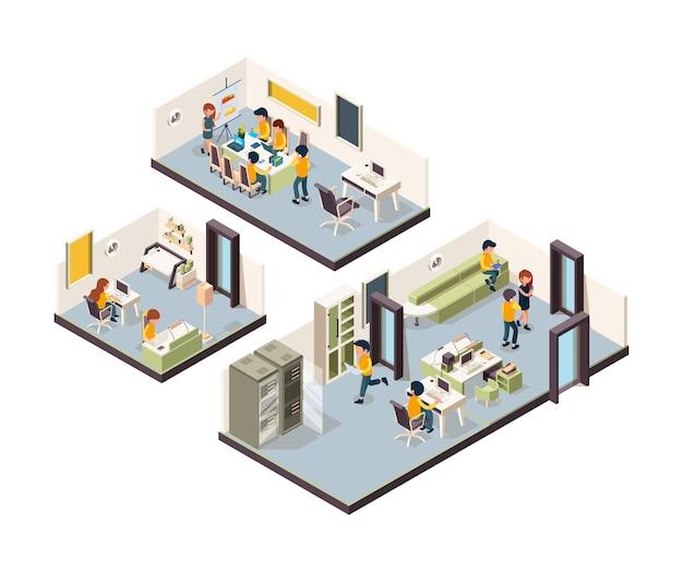 Coworking izometryczny. wnętrza biura korporacyjnego menedżerowie kreatywności na otwartej przestrzeni spotkania grup freelancerów rozmawiających z low poly. układ coworkingowy otwarte biuro, ilustracja korporacyjnego miejsca pracy