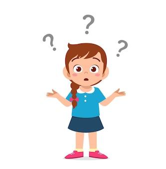 Cute girl pokaż zdezorientowany wyraz ze znakiem zapytania
