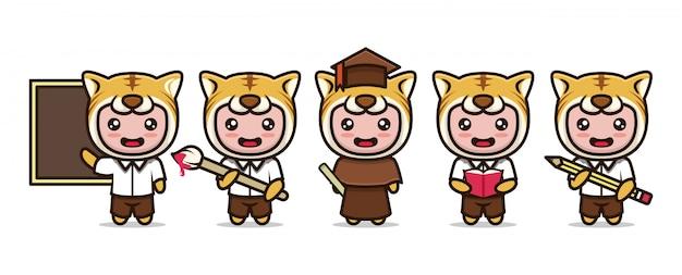Cute tygrys maskotka studentów