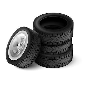 Czarne gumowe koło samochodowe