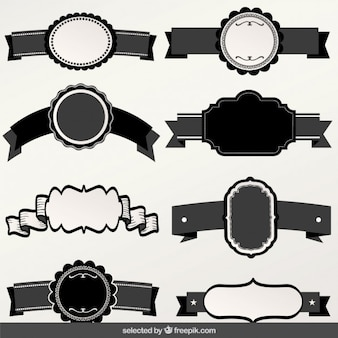 Czarne i białe etykiety z kolekcji wstążek