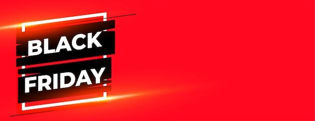 Czarny piątek czerwony błyszczący sztandar z miejscem na tekst