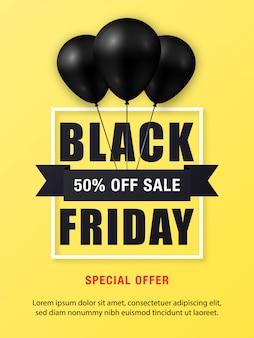 Czarny piątek sprzedaż plakat z błyszczącymi czarnymi balonami