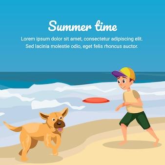 Czas letni. kreskówka chłopiec grać latający dysk z psem