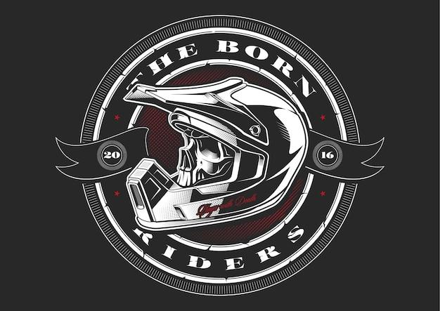 Czaszka rowerzysty w kasku motocrossowym na czarnym tle. tekst znajduje się na osobnej warstwie.