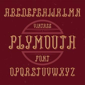Czcionka etykiety vintage o nazwie plymouth. dobry do użycia w dowolnych kreatywnych etykietach.