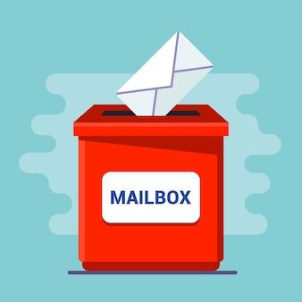 Czerwona skrzynka na listy z otworem. zwolnij list w kopercie. ilustracja