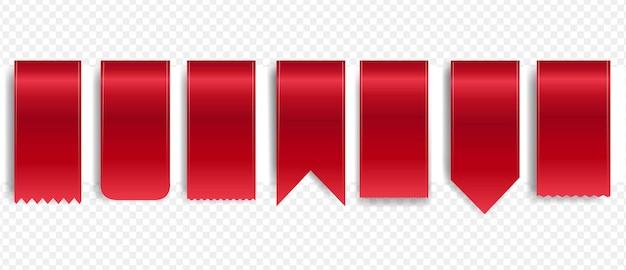 Czerwona wstążka jedwabna zestaw na białym tle