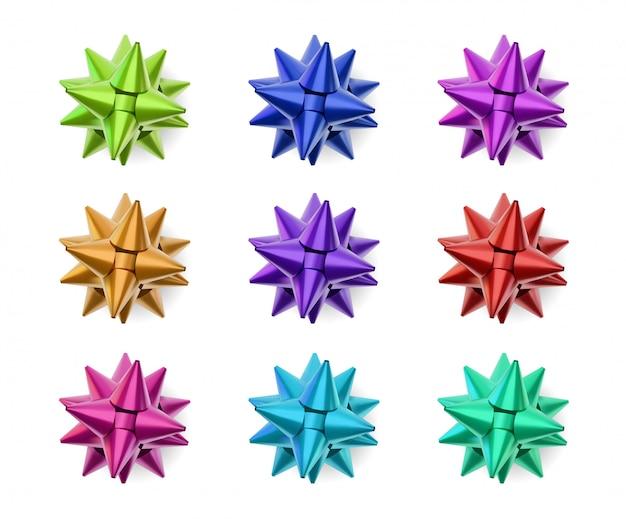 Czerwona wstążka łuk, na białym tle obiekt na białym tle. obiekt do dekoracji prezentu na nowy rok i boże narodzenie, element dekoracyjny. pojęcie wakacji i wyprzedaży.