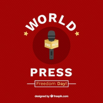 Czerwone tło z mikrofonem dla świata prasy dzień wolności