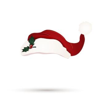 Czerwony kapelusz santa z holly berry liśćmi odizolowywającymi. kreskówka ładny kapelusz santa. czapka świąteczna. boże narodzenie kapelusz na białym tle.