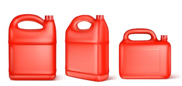Czerwony plastikowy kanister na paliwo płynne, chlor, olej silnikowy, smar samochodowy lub detergent.