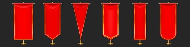 Czerwony proporzec flagi różne kształty na złotym filarze.