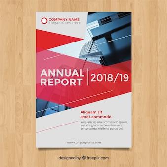 Czerwony roczny raport pokrywa obraz