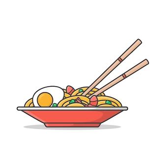 Czerwony talerz z makaronem ramen z jajkami gotowanymi