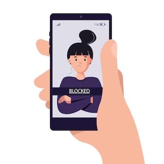 Człowiek trzymający telefon komórkowy z zablokowanym użytkownikiem
