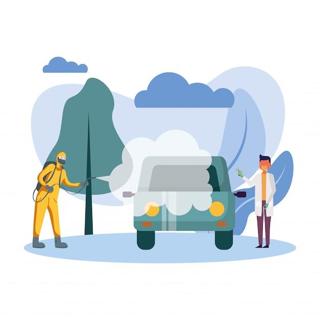 Człowiek z kombinezon ochronny rozpylanie samochodu i lekarz mężczyzna