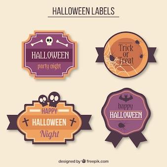 Cztery halloween plakietki z przerażających elementów