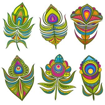 Dekoracyjne etniczne pawie pióra zestaw na białym tle
