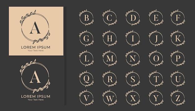 Dekoracyjny luksusowy ślubny monogram logo zestaw alfabetu