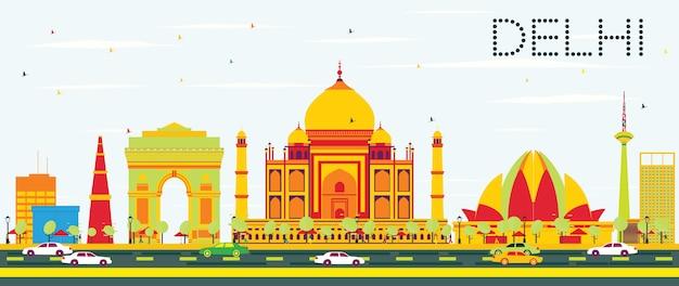 Delhi skyline z kolorowymi budynkami i błękitne niebo.