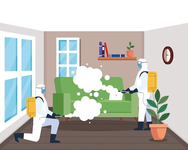 Dezynfekcja domu przez komercyjne usługi dezynfekujące, grupa pracowników dezynfekcji z kombinezonem ochronnym i sprayem zapobiegającym covid 19