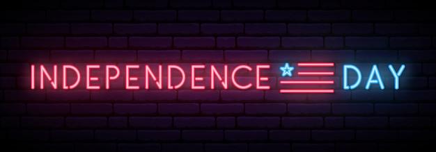 Długi neon na święto niepodległości usa.