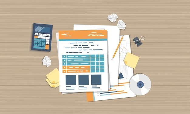 Dokumenty dotyczące prognoz biznesowych, widok z góry